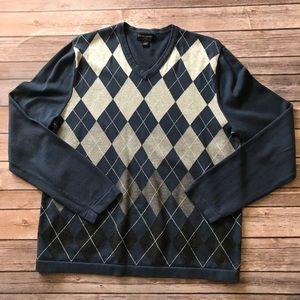 Banana Republic Men's Navy Argyle V-Neck Sweater
